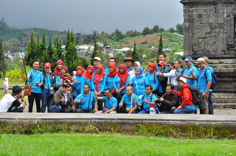 Paket Tour Dieng One Day Group